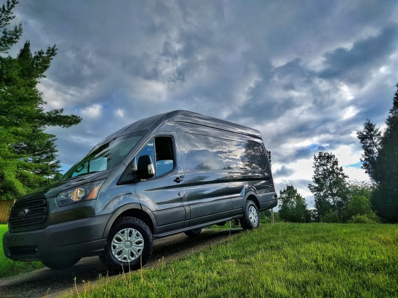 FarOutVan Ford Transit 2016 DIY Campervan Conversion For MTB Splitboarding